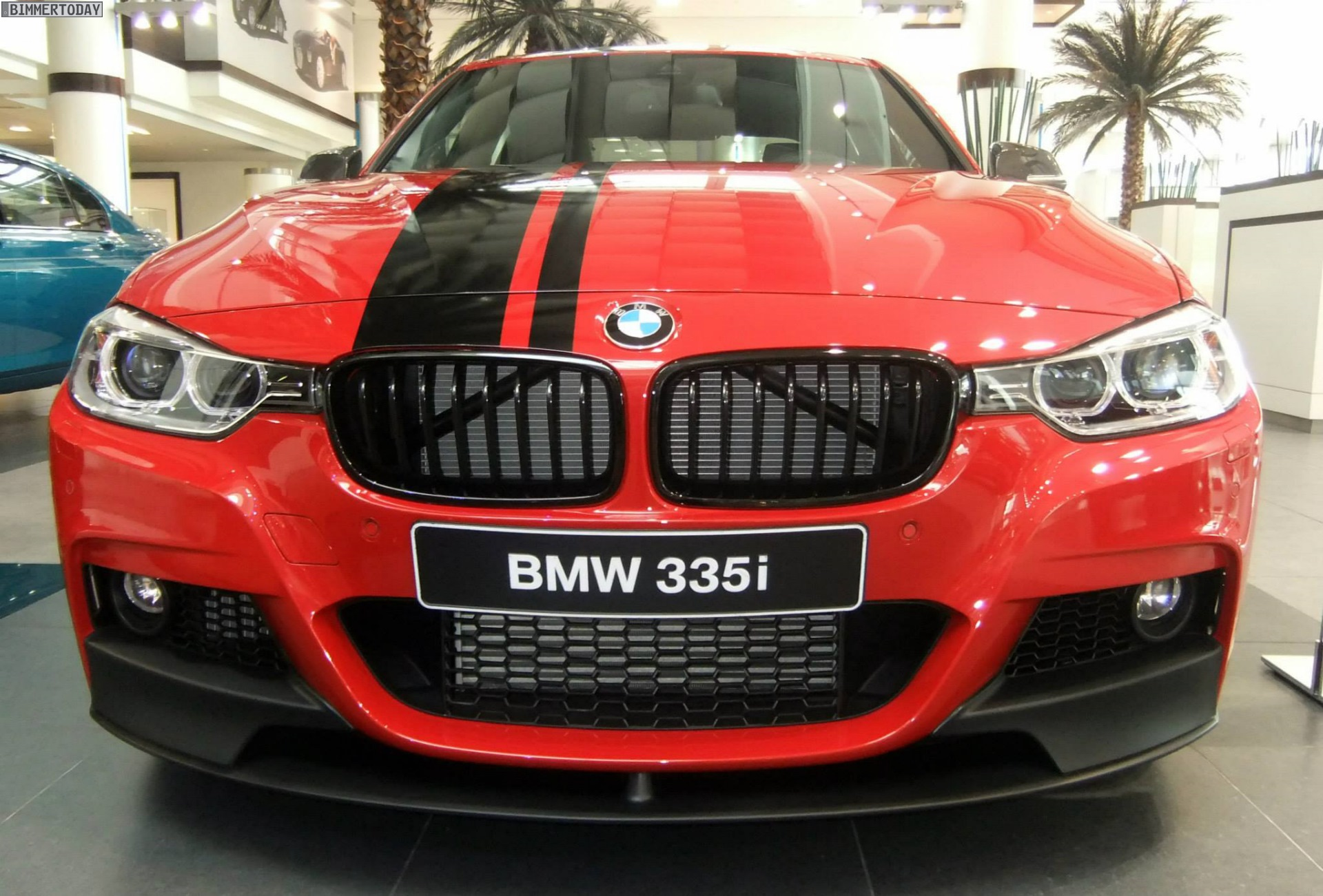 bmw m performance 3er f30 roter 335i mit tuning zubeh r. Black Bedroom Furniture Sets. Home Design Ideas