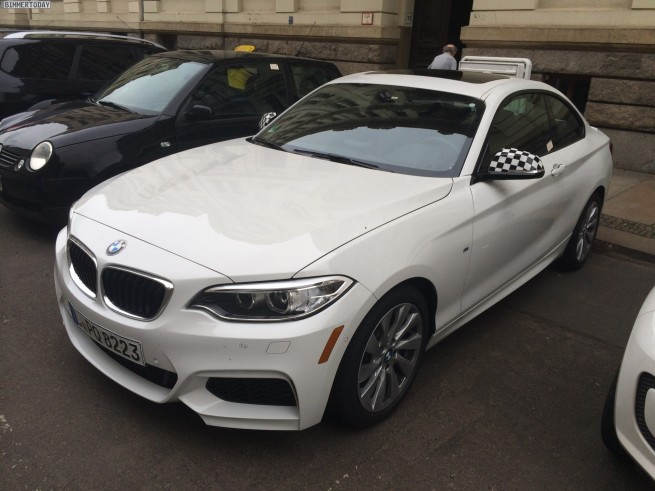 BMW-M235i-Coupe-weiss-2er-F22-white-US-Version-Leipzig-01