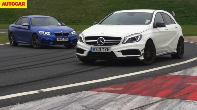 BMW-M235i-Mercedes-A-45-AMG-Vergleich-Video-Autocar