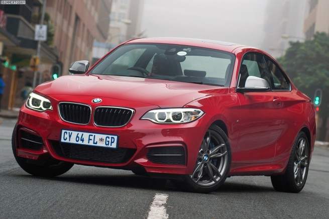 BMW-M235i-Wallpaper-Suedafrika-2er-Coupe-F22-Melbourne-Rot-28