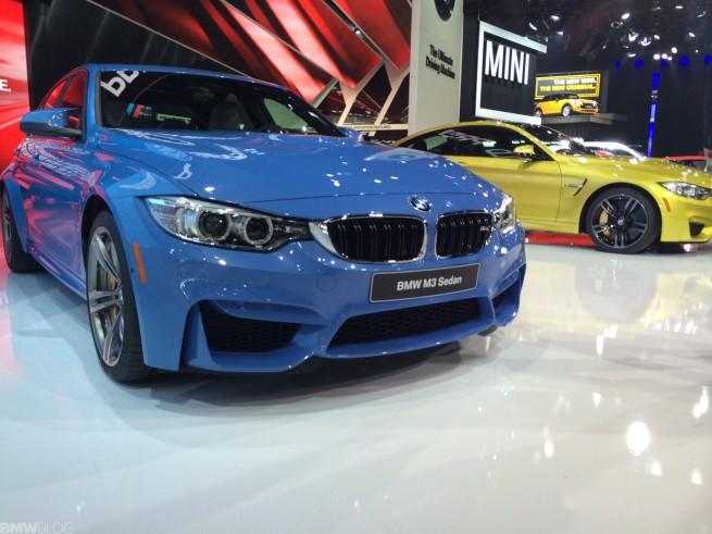 BMW-M3-2014-Detroit-Auto-Show-Live-Fotos-Yas-Marina-Blau-01