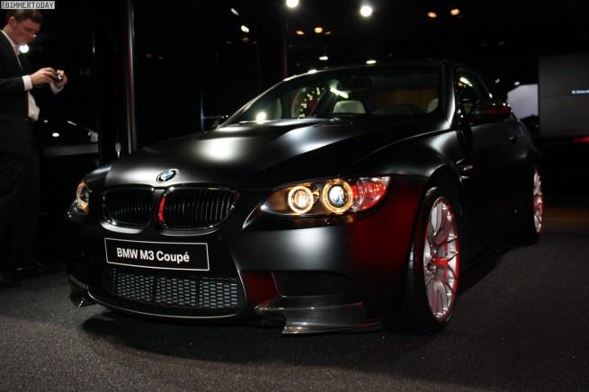 BMW-M3-Coupé-Frozen-Black-Metallic-Performance-Parts-Paris-2010-27