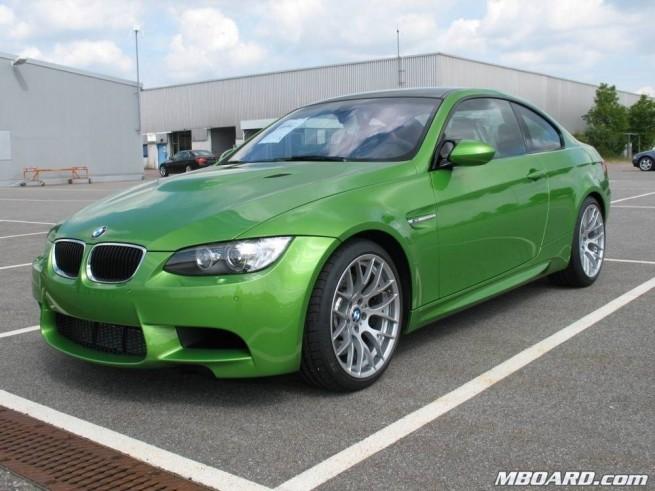 BMW-M3-Coupé-Jawa-Gruen-04