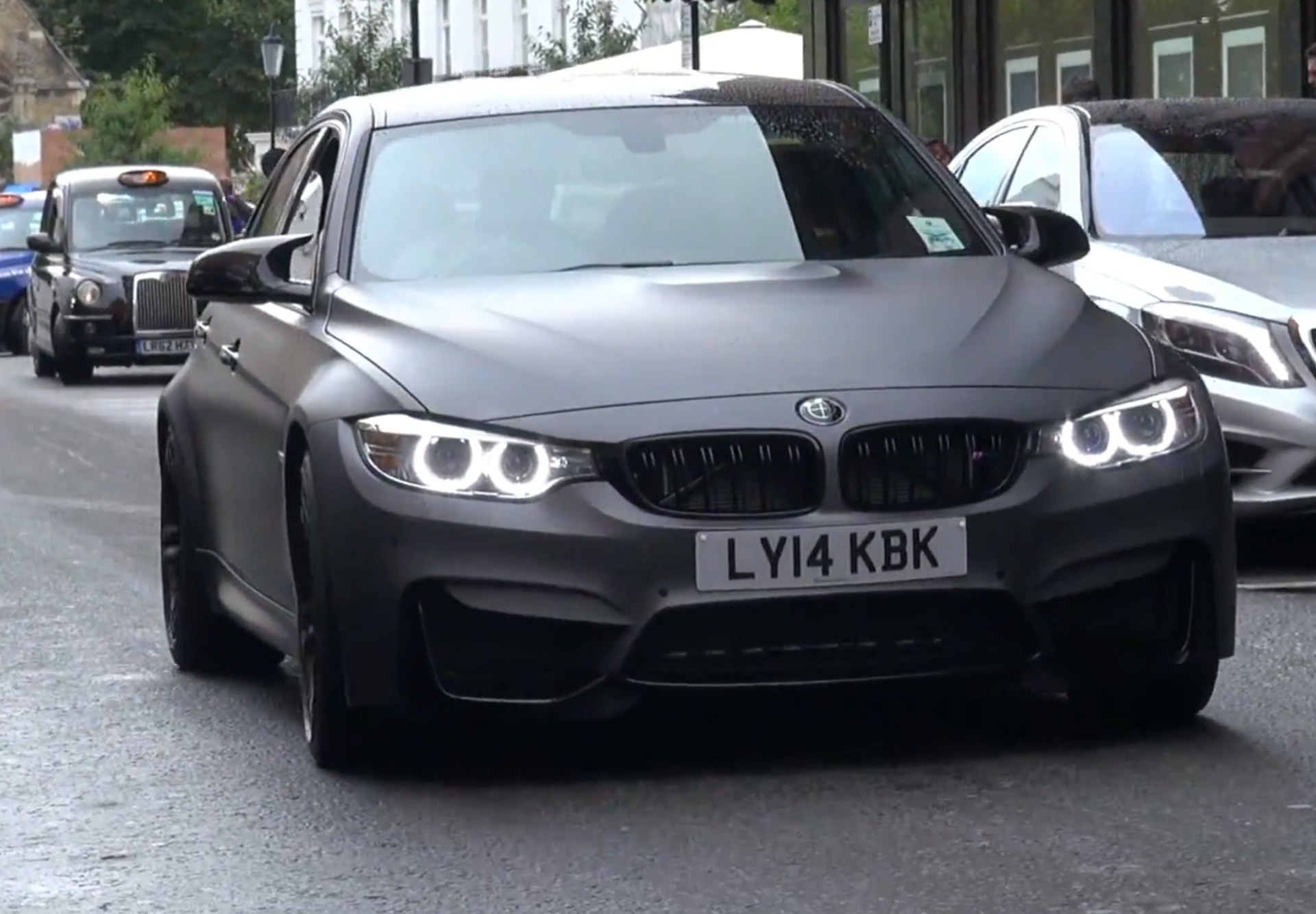 Bmw M3 F80 In Frozen Grey Video Zeigt Folierung In Mattem