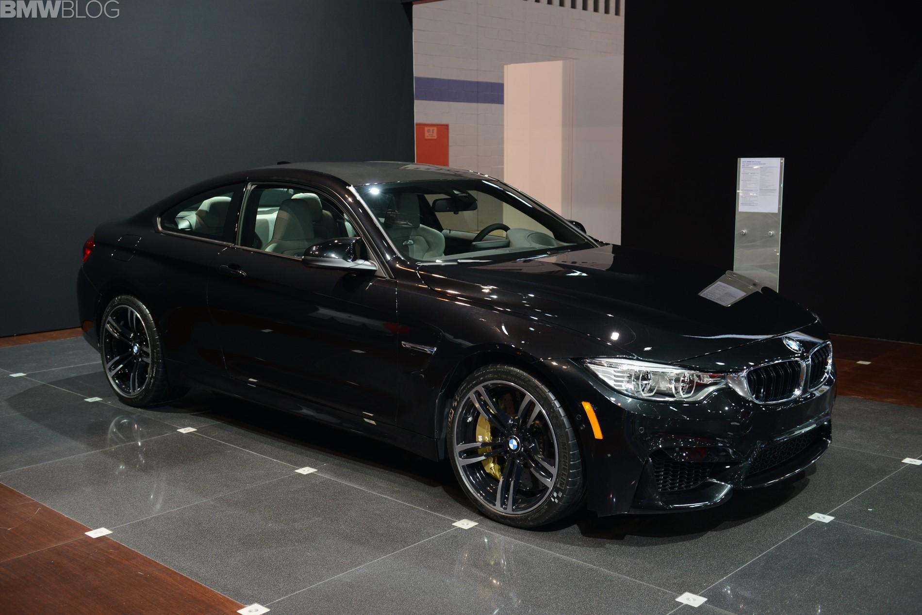 Chicago Auto Show 2014: BMW M4 Coupé in Saphirschwarz ...