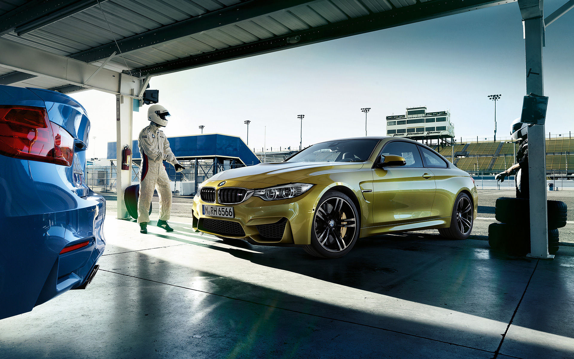 Bmw M3 F80 Und Bmw M4 F82 Wallpaper Motive In 1920x1200