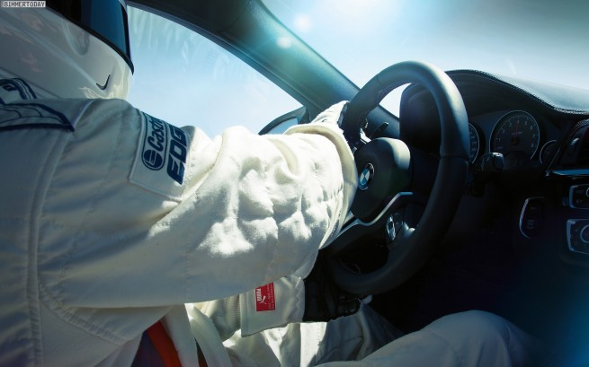 BMW-M4-F82-Lenkung-M-Servotronic-Details