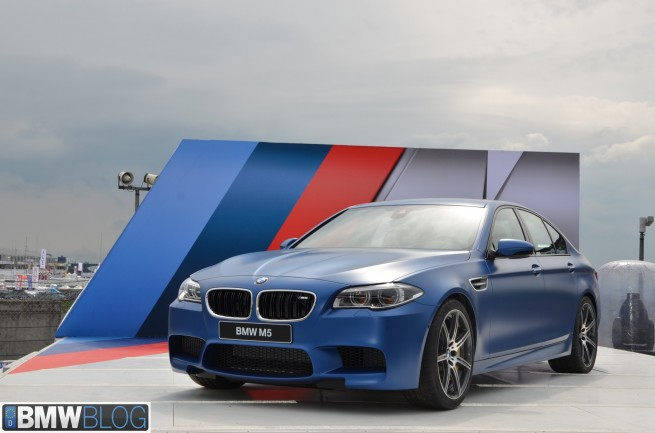BMW-M5-2013-Competition-Paket-Facelift-F10-LCI-Frozen-Blue-04