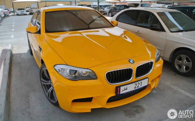 BMW-M5-F10-Atacama-Gelb-Individual-autogespot-com-09
