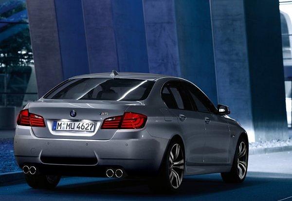 BMW-M5-F10-Heck-CGI