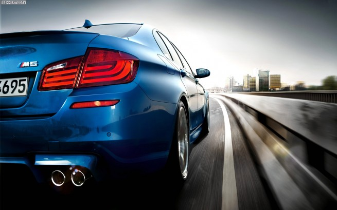 BMW-M5-F10-Wallpaper-1920x1200-11