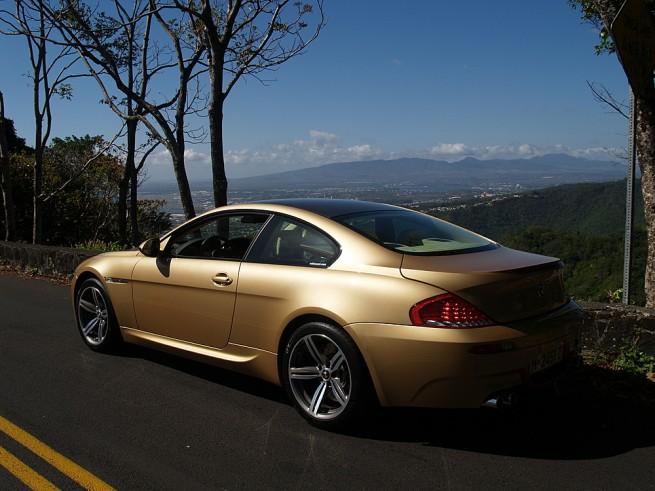 BMW-M6-Individual-Ontario-Gold-02