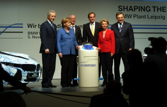 BMW-Megacity-Vehicle-Startschuss-Leipzig-Merkel-Reithofer