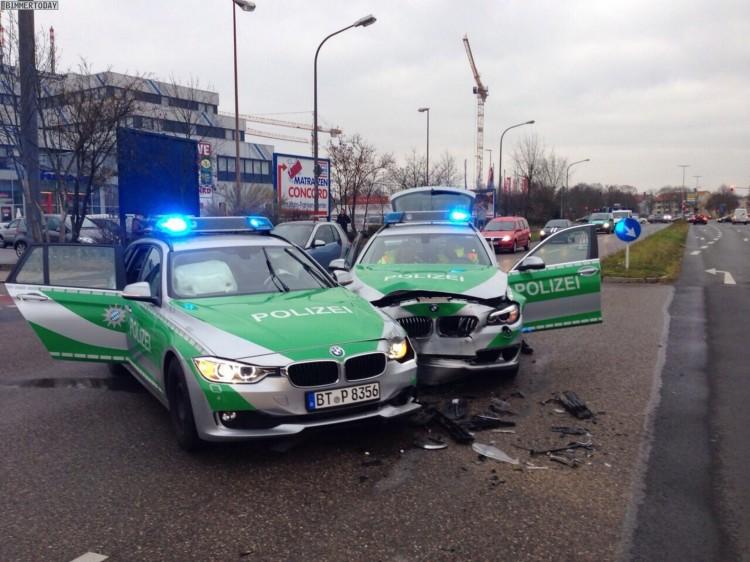 BMW-Polizei-Unfall-Bamberg-3er-F31-vs-5er-F11-Polizeiauto-Crash