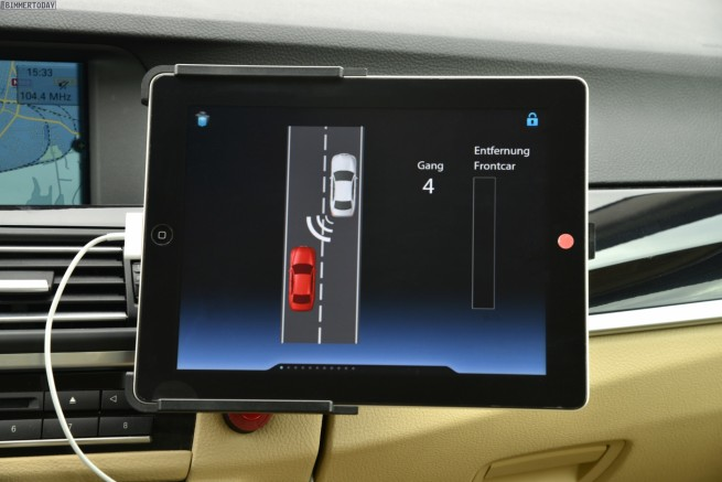 BMW-Proactive-Driving-Assistent-Gangwahl-Automatik-Verkehr-06
