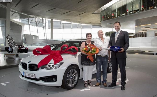 BMW-Welt-Auslieferung-100000-Jubilaeum-2013-2