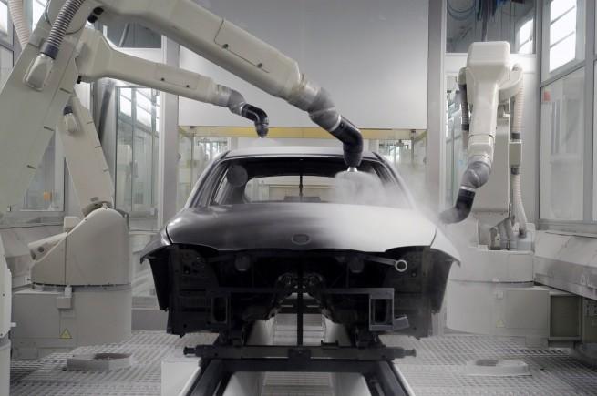 BMW-Werk-Regensburg-Lackierung-Pulverklarlack