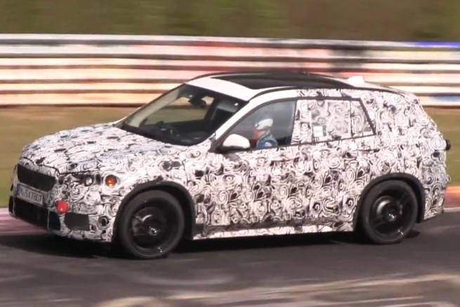 BMW-X1-F48-Erlkoenig-Video-Touriclips-SUV-Frontantrieb