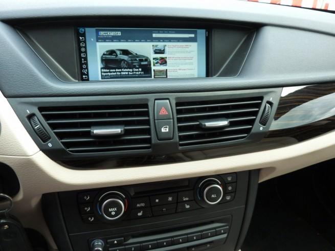 BMW-X1-xDrive28i-Interieur-02