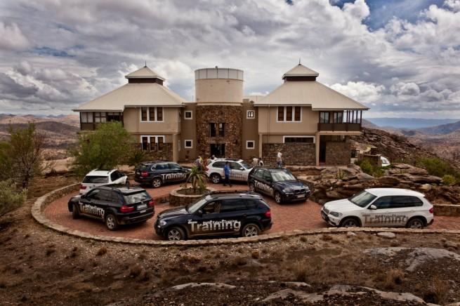 BMW-X5-Erlebnis-Fahrertraining-Namibia-09