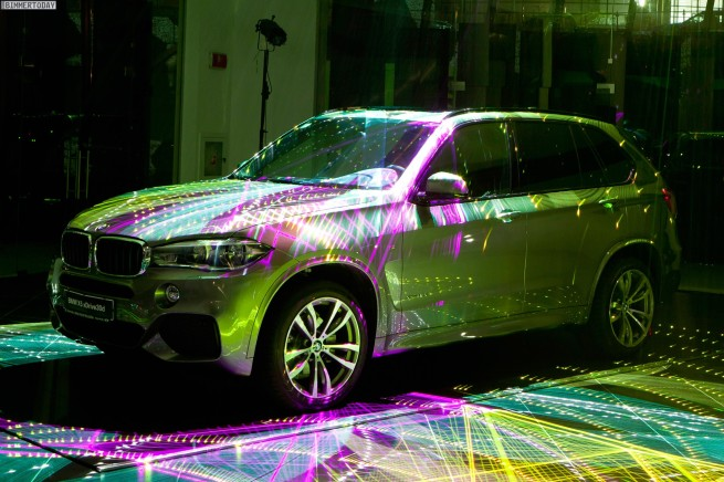 BMW-X5-F15-Licht-Show-Bulgarien-Premiere-11