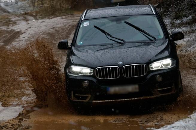 BMW-X5-F15-Offroad-Gelaende-Bulgarien-05
