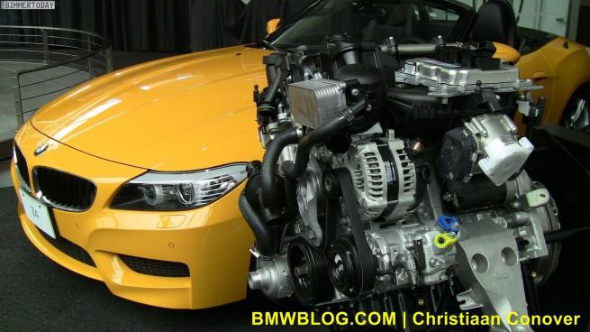 BMW-Z4-sDrive28i-NY2011-Atacama-17
