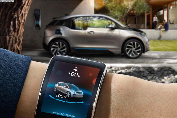 BMW-i-Remote-App-CES-Innovation-Awards-2015-BMW-i3-i8-Smartwatch-App-02