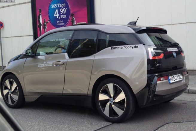 BMW-i3-Andesitsilber-ungetarnt-Elektroauto-Andesit-Silver-Grau-2