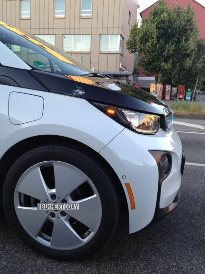 BMW-i3-Capparisweiss-Live-Foto-ungetarnt-2