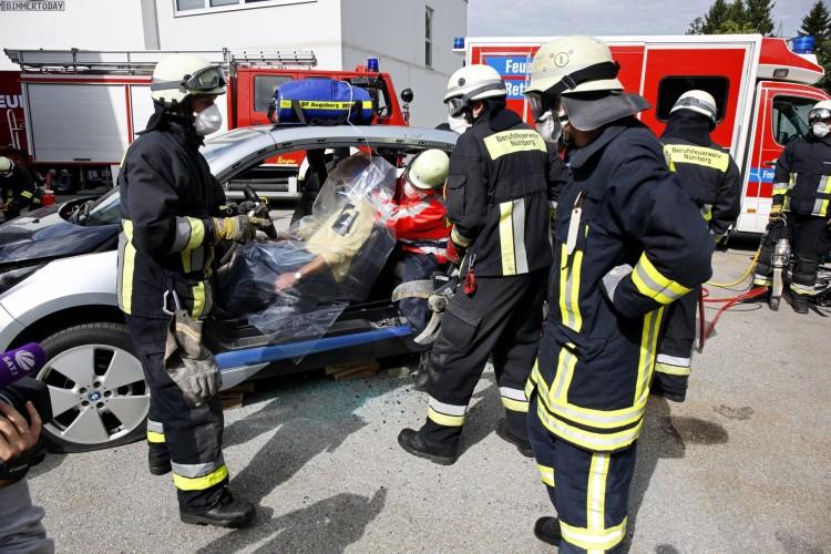 BMW-i3-Carbon-Crash-Rettung-Unfall-Sicherheit-01