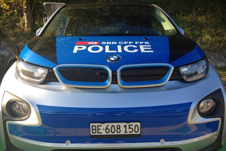 Bmw I3 Schweizer Polizei Nutzt Elektro Bmw Als Polizeiauto