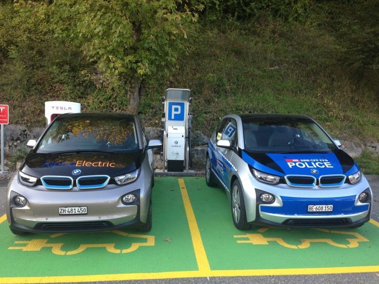 BMW-i3-Polizei-Auto-Genf-Elektroauto-Schweiz-2