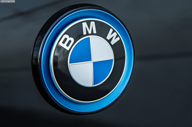 BMW-i5-Plug-in-Hybrid-Crossover-Limousine