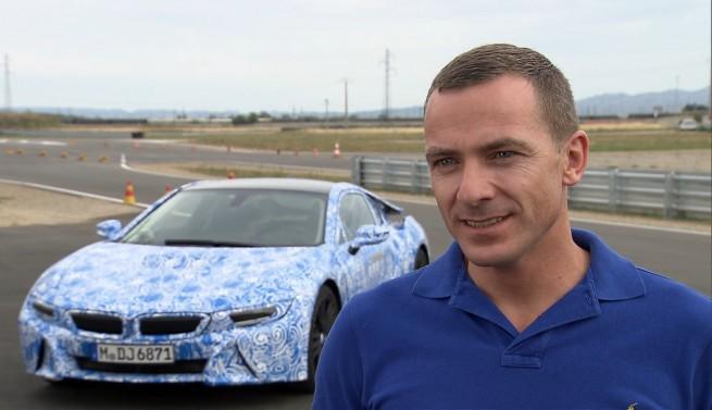 BMW-i8-2014-Hybrid-Sportwagen-Interview-Manuel-Sattig-Henrik-Wenders
