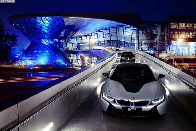 BMW-i8-2014-Plug-in-Hybrid-Sportwagen-BMW-Welt-Muenchen-02