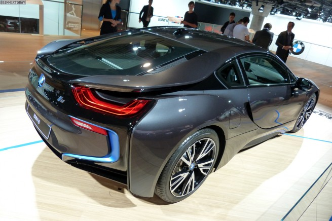 BMW-i8-Hybrid-eDrive-Weltpremiere-Sophistograu-IAA-2013-LIVE-02