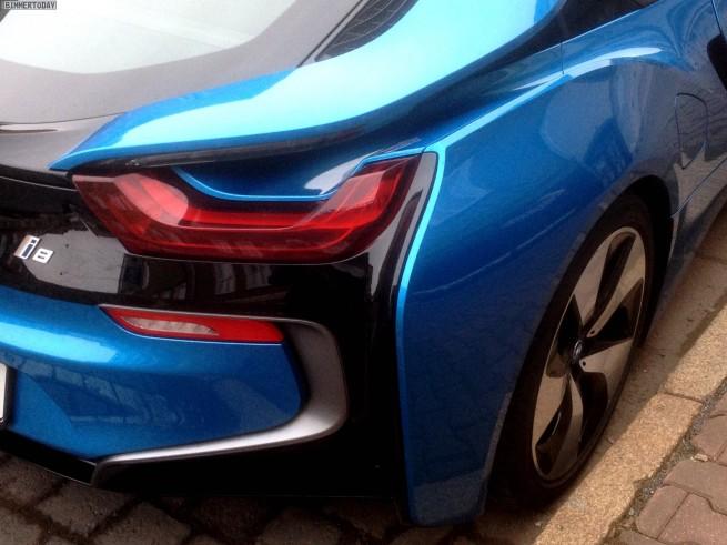 BMW-i8-Protonic-Blue-Live-Fotos-Blau-Prototyp-11