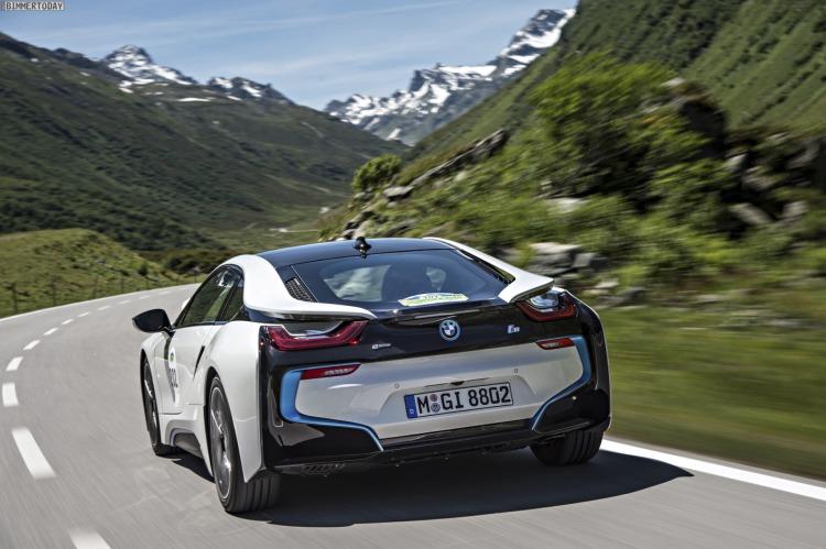 BMW-i8-Rundenzeit-Hockenheim-Ring-sport-auto-test-2014-08