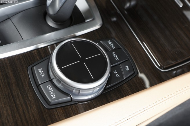 BMW-iDrive-Touch-2013-ConnectedDrive-07