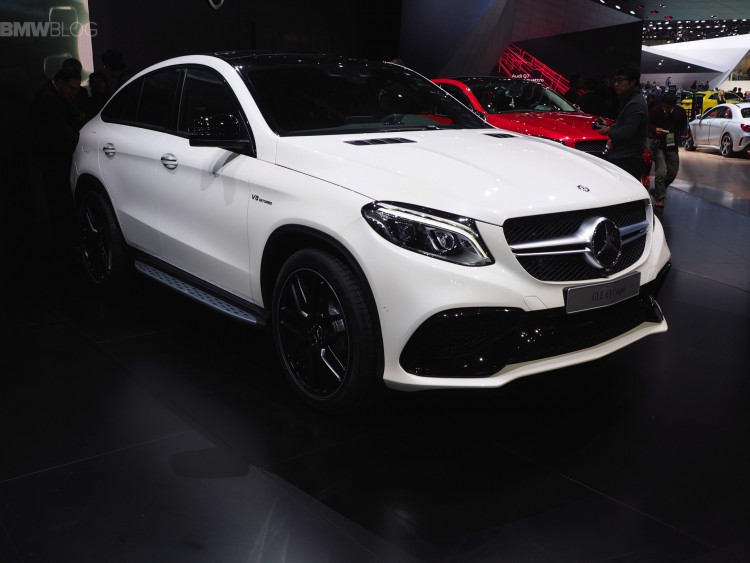 Detroit-2015-Mercedes-GLE-Coupe-63-AMG-S-SUV-Coupe-weiss-Live-Fotos-01