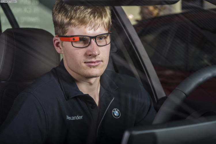 Google-Glass-BMW-Werk-Spartanburg-Produktion-Daten-Brille-Automobilbau-04