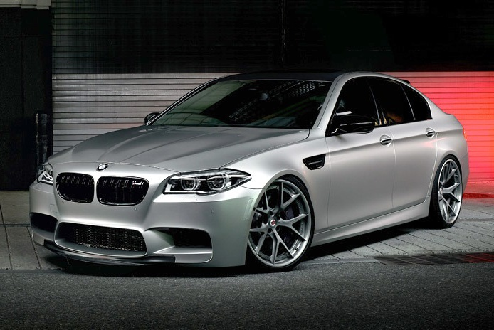 frozen cashmere silver hre zeigt tuning felgen an bmw m5. Black Bedroom Furniture Sets. Home Design Ideas