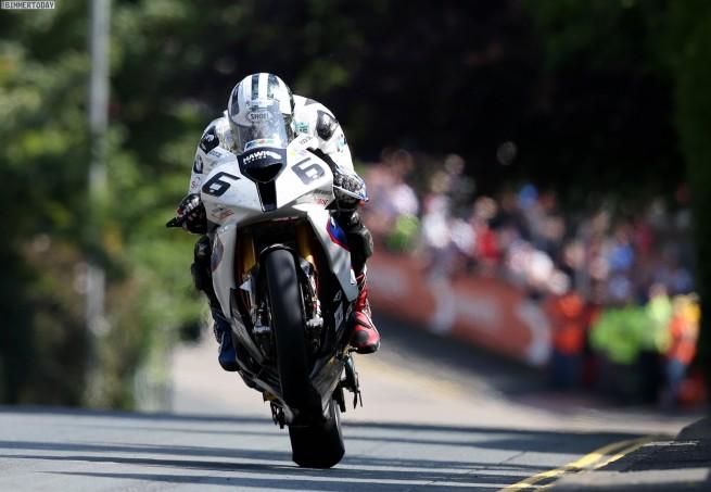 Isle-of-Man-TT-2014-BMW-S-1000-RR-Michael-Dunlop-04