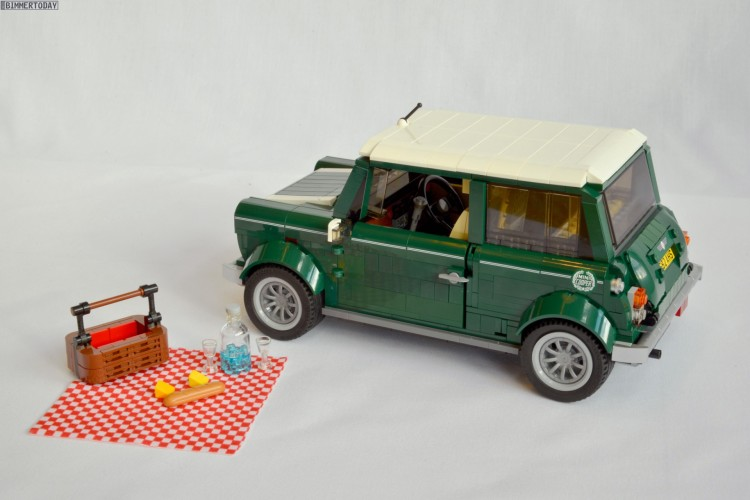 Lego-Mini-2014-Bausatz-Classic-Mini-Kleinwagen-Spielzeug-03