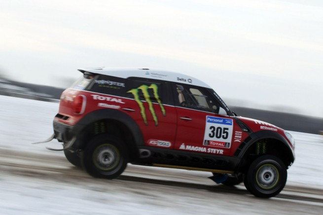 MINI-Countryman-X-Raid-ALL4-Racing-Dakar-2011-Preview-02