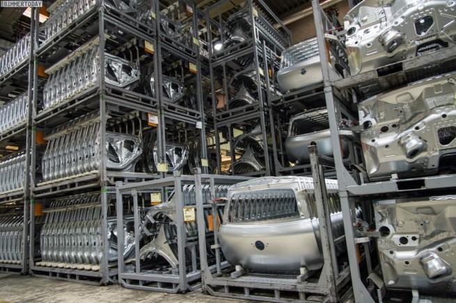 MINI-Produktion-2013-Ausbau-Montage-Saetze