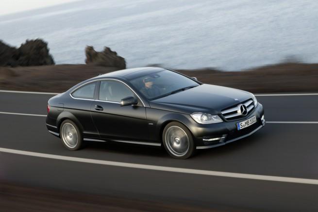 Mercedes-Benz-C-Klasse-Coupé-2011-Exterieur-27