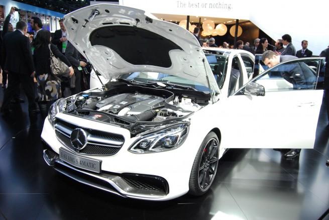 Mercedes-E63-AMG-4Matic-S-Modell-Detroit-Auto-Show-2013-05