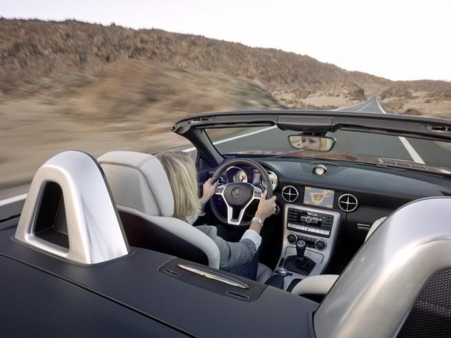 Mercedes-SLK-Roadster-R172-08